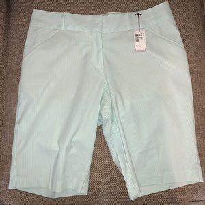 NWT Peter Millar Golf Shorts Size 6.